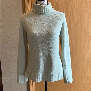 3/$25 Carolyn Taylor chenille sweater